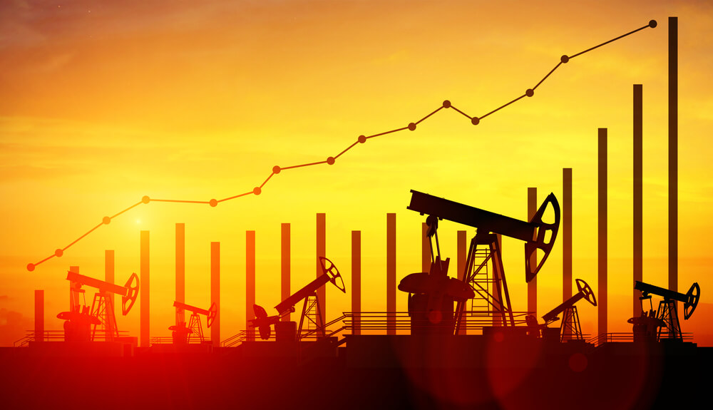Brent Crude Surges 10% on Hopes of Oil Output Deal