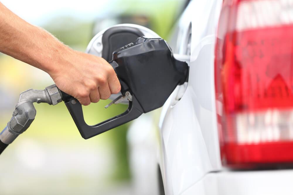 Average US Price of Gas Drops 8 Cents Per Gallon to $2.85