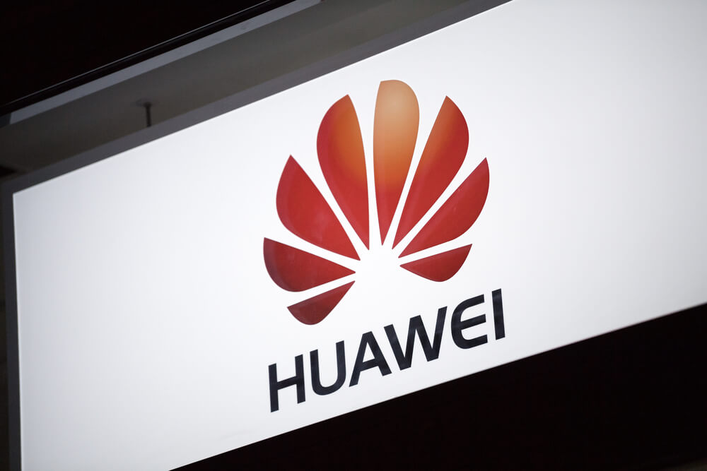 Wall Street Wake-Up: US Pressures Huawei, Airfare Derivatives and Stocks to Watch