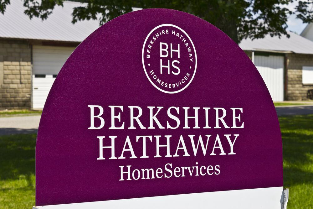 Buffett Protege Leaving Company to Start Her Own Mini-Berkshire