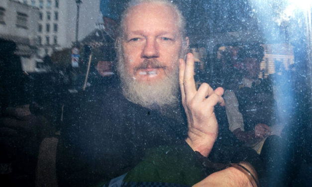 Luongo: Delaying Brexit, Julian Assange Arrest Multiplies Europe's Problems
