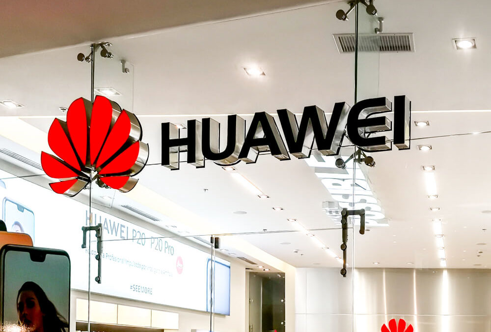 Trump Issues 'Foreign Adversaries' Tech Ban; China, Huawei Not Happy