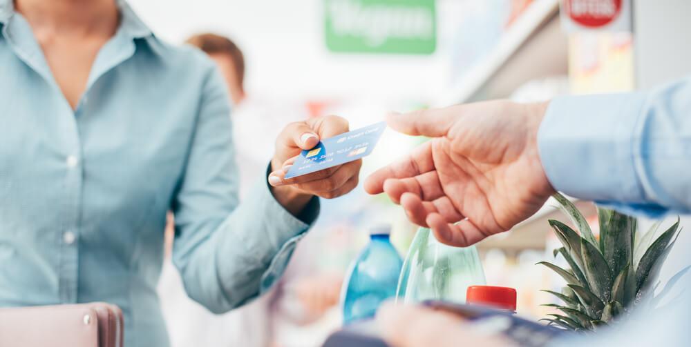 Retail Sales Forecast a Summertime Economic Boom