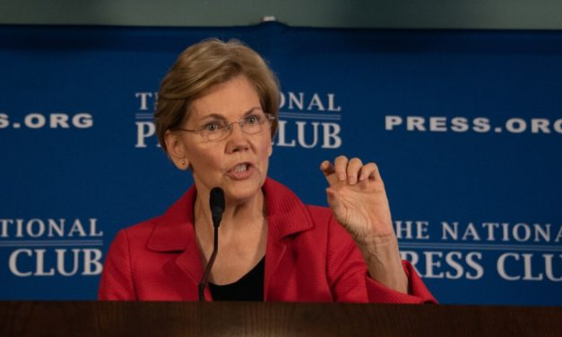 Elizabeth Warren's Newest Costly Idea Aims to Increase US Manufacturing