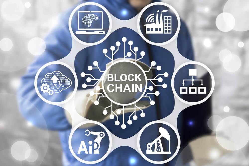 How Digital Currencies Will Advance Blockchain Technology, Cashless Future