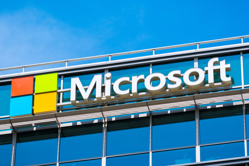 Winner or Loser: Microsoft Thrives as Other Tech Dies