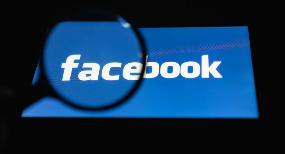 """Facebook Is a """"Strong Bullish"""" Buy — for Now"""