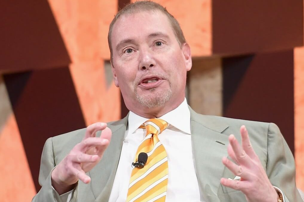 'Bond King' Jeffrey Gundlach's Top Recession Indicators — 1 Is Flashing Now