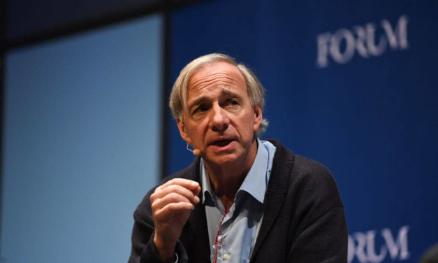 Dalio: 'Cash Is Trash,' People Will Be at 'Each Other's Throats' Next Recession