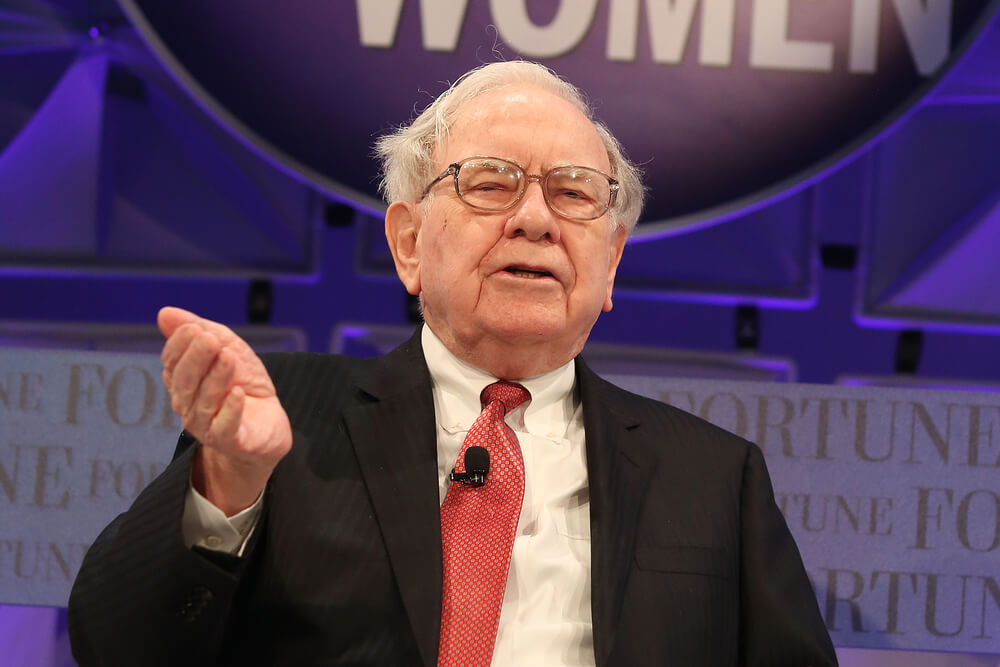 Hunting for Value? 1 Way to Capitalize on Buffett's $10B Pipeline Deal
