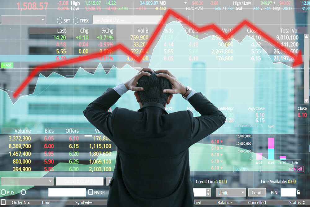 2 Investment Worries to Shrug Off (and Profit From) in 2020