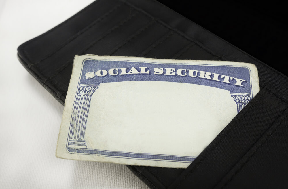 Social Security Mistakenly Lists Woman as Dead, Medicare Cut Off