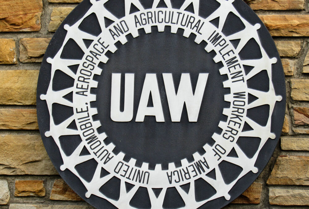 UAW Requests Two-Week Shutdown of Big 3 Auto Plants