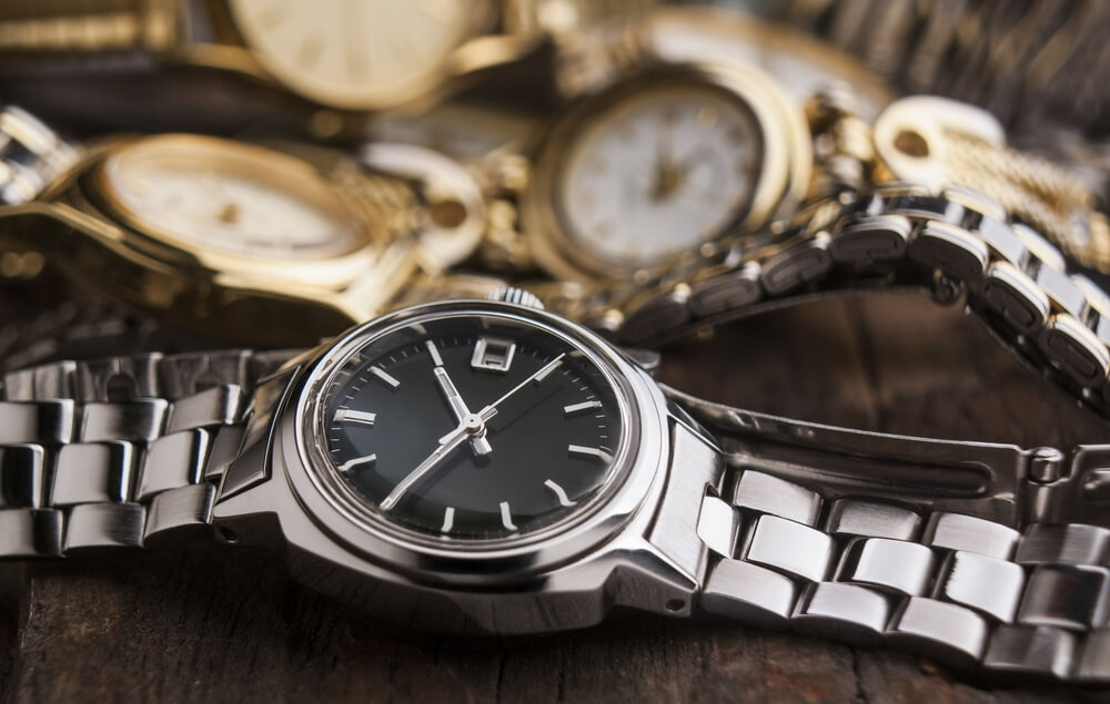 Former UAW, GM Exec Charged for Scheme Involving $4M in Wristwatches