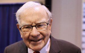 warren buffett's annual letter Warren Buffett selling Delta stock Peter Lynch stock buybacks