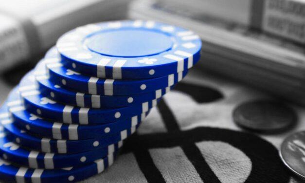 3 Keys to 960% Returns, 6% Dividends From Blue Chip Stocks