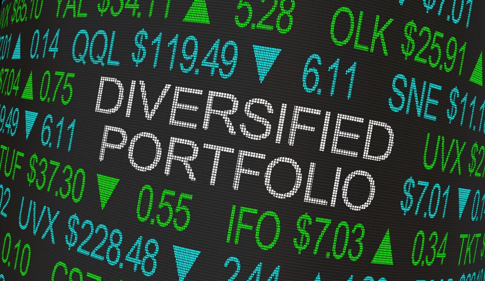 "Buy These 3 ""Strong Bullish"" Stocks for Market-Beating Diversification"