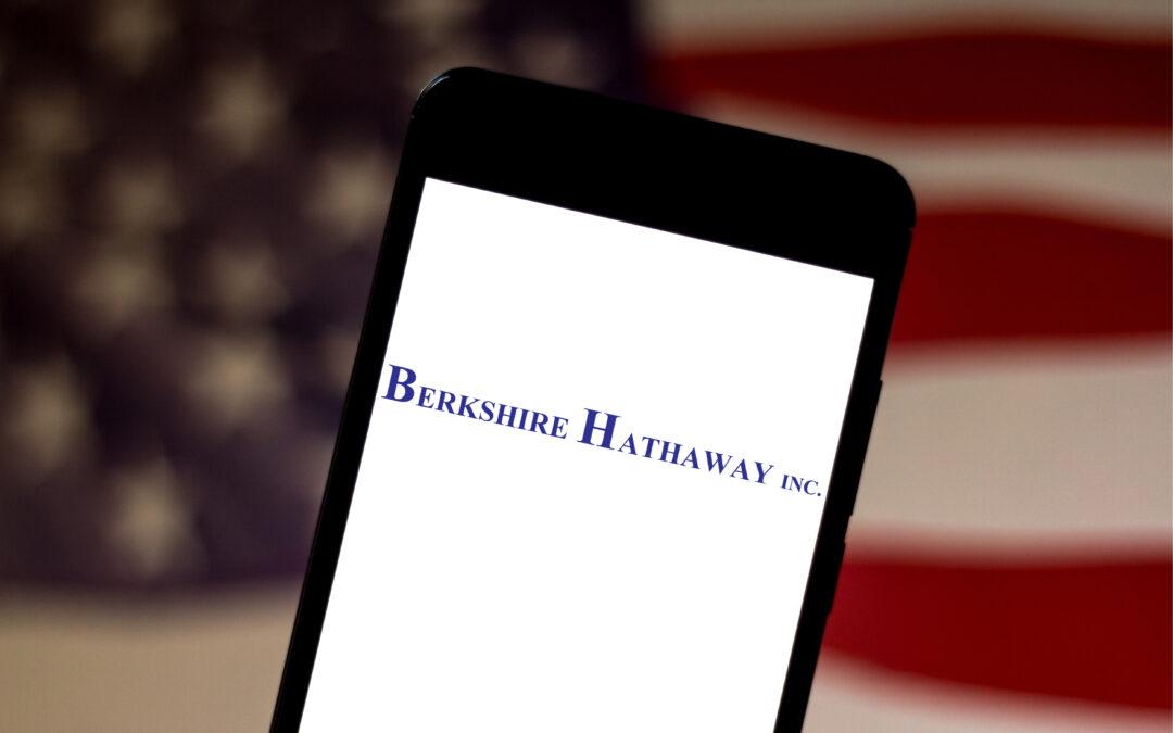 Bet Against Warren Buffett? Berkshire Hathaway Stock Rating