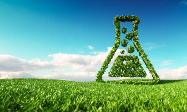 Buy Green Energy Stock (REGI) … Not Old-Guard Exxon Mobil (XOM)