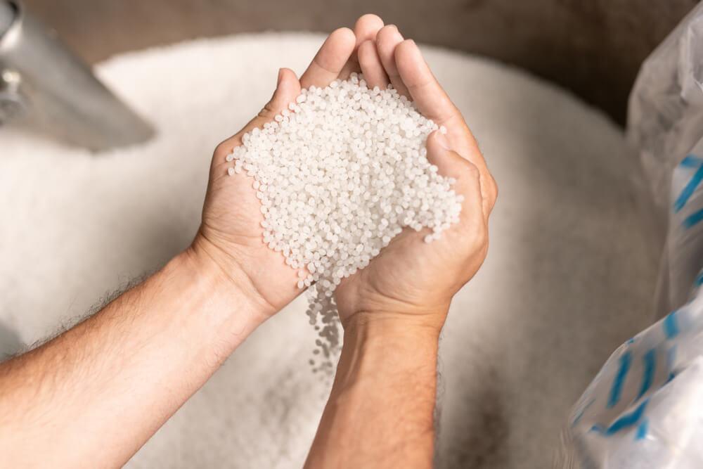 Polymer Profits: A High-Value Plastics Stock With Momentum